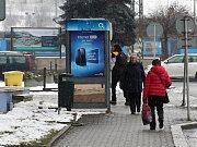 Telefonní automaty mizí. Ještě v roce 2005 jich byly na Valašsku tři stovky. Aktuálně pouze padesát sedm. Snižování počtu je přirozené a děje se tak po celé republice.