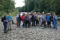 Senioři zavítali na řeku Morávku