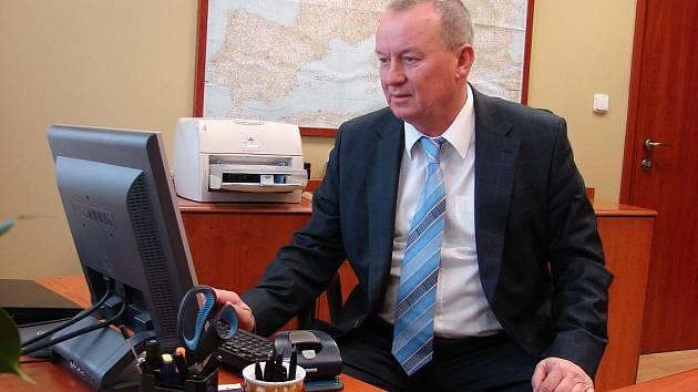 Automobilová doprava nebo lokální topeniště nás ve znečištění ovzduší předčí, říká generální ředitel chemičky Zbyněk Průša