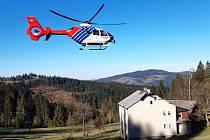 Snímek ze zásahu vrtulníku.