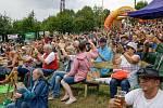 Diváci na 21. ročníku country festivalu Starý dobrý western na scéně v Letním kině v Bystřičce na Vsetínsku. Festival se konal od pátku 2. srpna do neděle 4. srpna 2019