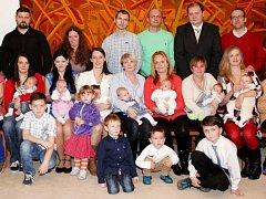 Do řad obyvatel vesnice přivítali před několika dny v Horní Bečvě deset nejmladších dětí.