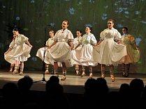 Členové Valašského souboru písní a tanců Vsacan. Ilustrační foto.