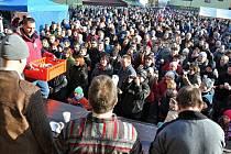 Tradiční Kateřinský jarmark v Hovězí navštívily v sobotu 28. listopadu 2015 stovky lidí.