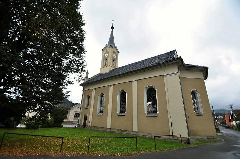 Jablůnka - evangelický kostel