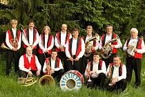 Dechová hudba Bystřičanka rozdává písničkami radost už od roku 1935.