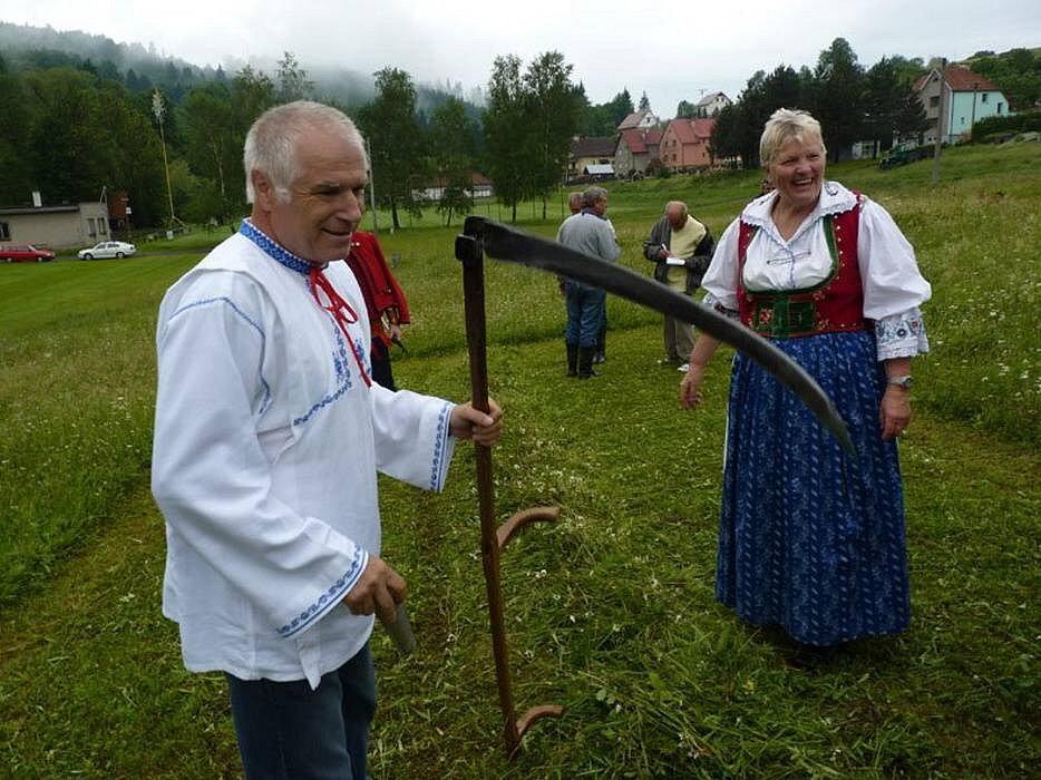Velká cena Valašska v sečení kosú v Semětíně: vítěz v kategorii muži, Zdeněk Vejpustek