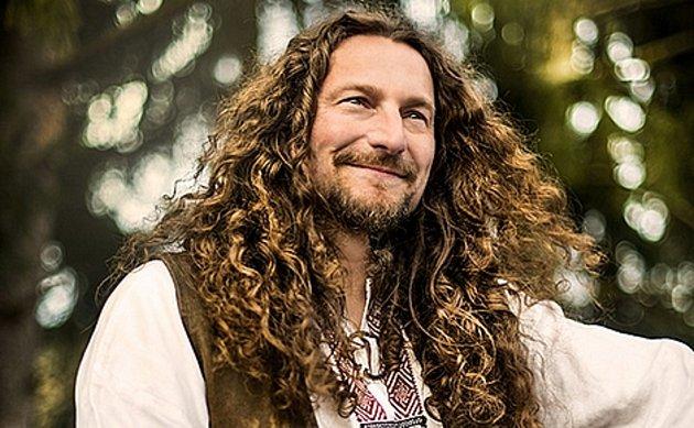 Jedním zúčinkujících na Envirofestu Bečva 2021bude hudebník Tomáš Kočko.