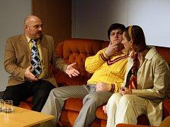 Soubor vsetínského Divadla v Lidovém domě připravuje na sobotu 23. ledna 2016 premiérové uvedení hry Marca Camolettiho Manželský poker