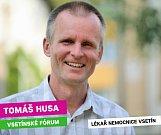 Na základě hlasování v komunálních volbách 2018 se do vsetínského zastupitelstva dostal také Tomáš Husa (KOV)