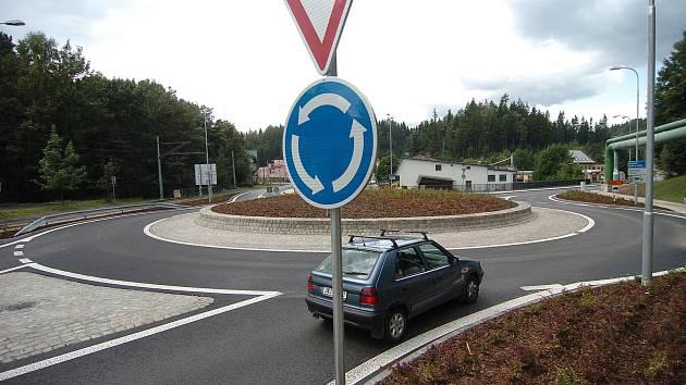 Silničáři začnou na silnici I/38 v Havlíčkově Brodě s výstavbou nové okružní křižovatky, Ilustrační foto