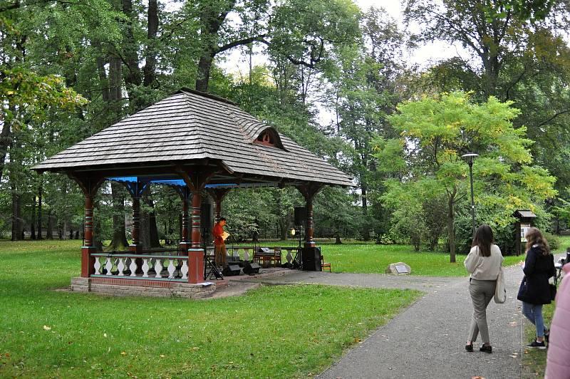 Envirofest Bečva v parku zámku Kinských ve Valašském Meziříčí; neděle 19. září 2021