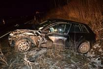 V katastru Lešné u Valašského Meziříčí se v pátek 13. ledna 2016 večer srazily vozy Seat a Audi. Tři lidé se při nehodě lehce zranili