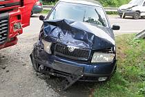Hromadná nehoda pěti vozů pod kopcem Pindula na silnici mezi Rožnovem pod Radhoštěm a Frenštátem pod Radhoštěm, pondělí 19. srpna 2013.