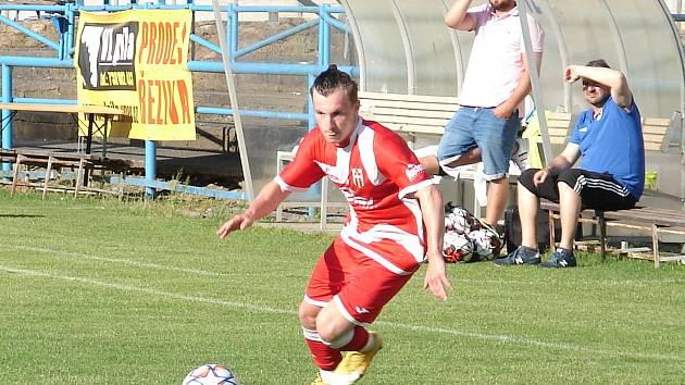 Divizní fotbalisté Vsetína na hřišti Slavičína přišli o výhru v 94. minutě.
