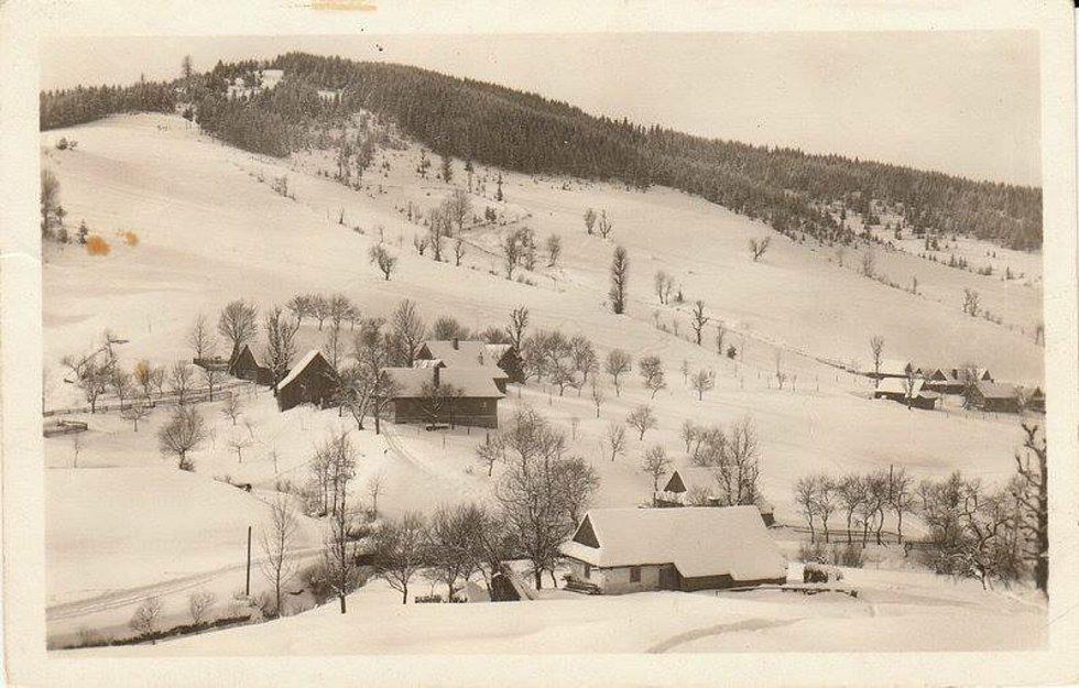 Velké Karlovice-Podťaté, poč. 40. let.
