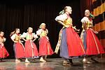 Druhý ročník přehlídky folklorních a uměleckých souborů Ondrášova valaška v Rožnově pod Radhoštěm