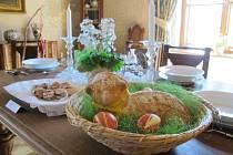 Velikonoční výzdoba na zámku Lešná u Valašského Meziříčí, 2019