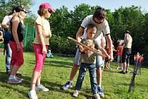 Ve vsetínské místní části Jasenice se v neděli 19. května 2013 odpoledne uskutečnil tradiční Den rodin pořádaný Rodinným a mateřským centrem Sluníčko Vsetín.