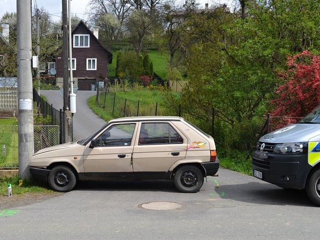 Nehoda osobního vozu Škoda Favorit ve Vidči; pondělí 25. dubna 2016