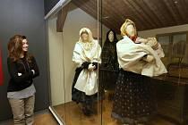 Nová stálá expozice Jak jde kroj tak se stroj ve Valašském muzeu v přírodě v Rožnově pod Radhoštěm.