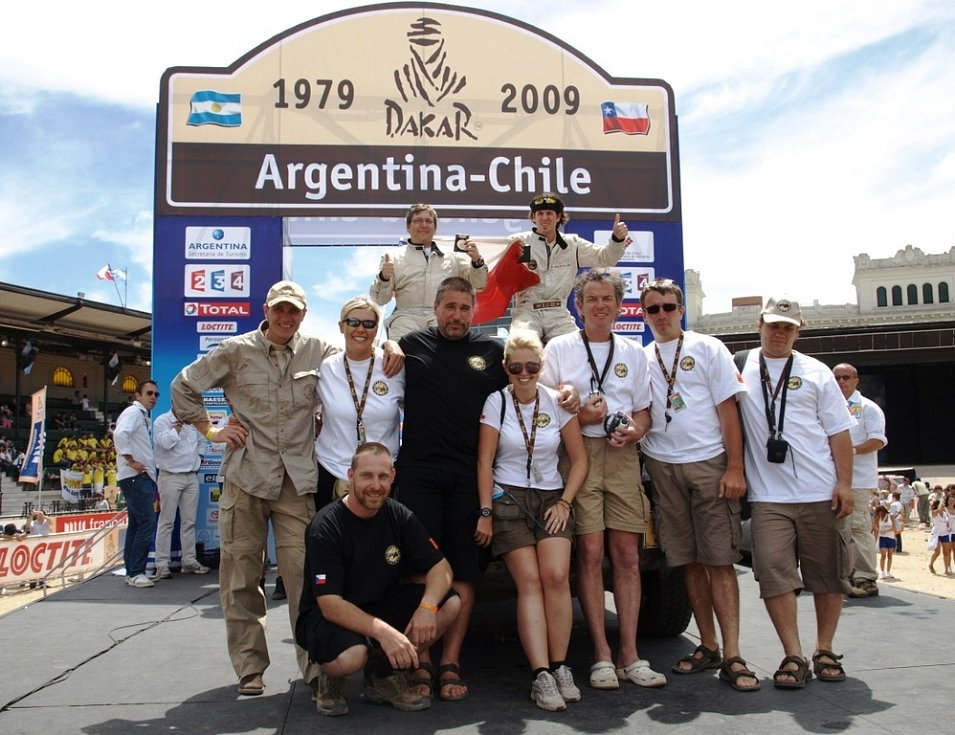 Po dvoutýdenním pekle přišla na řadu v cíli v Buenos Aires obrovská radost z dokončení závodu.