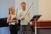 Do Meziříčí přijel houslisty vyučovat Pavel Šporcl