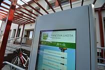 Francova Lhota - elektronický infokiosek před obecním úřadem