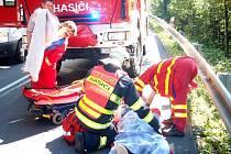 Velmi vážná dopravní nehoda se stala v úterý před čtrnáctou hodinou na hlavním silničním tahu mezi Lužnou a Lidečkem na Hornolidečsku.
