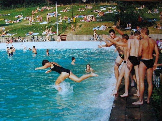 Historické foto semetínského rekreačního centra z roku 1998.