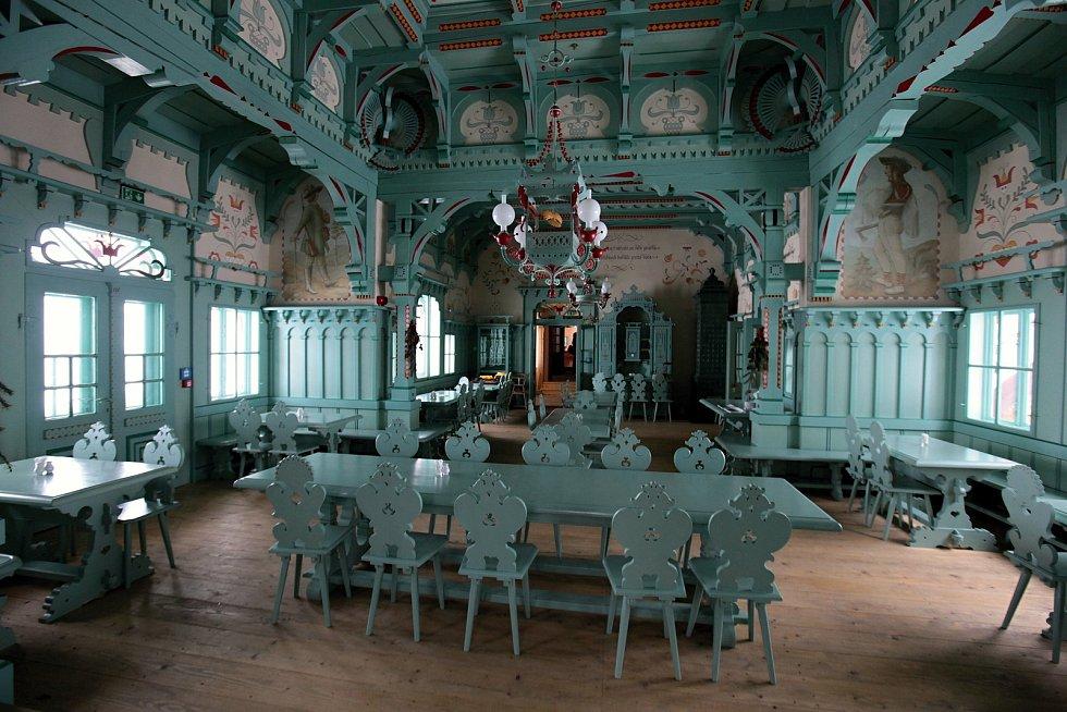 Obnovená historická jídelna Libušína je v současné době veřejnosti nepřístupná; sobota 30. ledna 2021