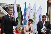Hodnotící komise celostátního finálového kola soutěže Vesnice roku 2014 dorazila v pátek 5. září 2014 do Kateřinic na Vsetínsku. Vesnice Kateřinice je vítězem soutěže Vesnice roku ve Zlínském kraji.
