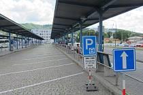 Nová parkovací místa mohou využívat řidiči v centru Vsetína. Na druhém nástupišti autobusového nádraží je k dispozici třicet šikmých stání
