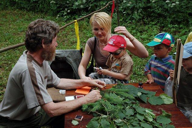 V sobotu (21. června 2008) uspořádali myslivci a včelaři ve Vsetíně, Jasence dětský den. Nechyběly soutěže ani soutěže o ceny