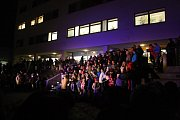 Folklórní soubor Vsacan zpíval tradičně den před Štědrým dnem koledy na Dolním náměstí ve Vsetíně