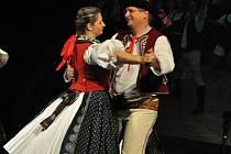 Slavnostní večer u příležitosti 30. výročí existence folklorního souboru Portáš z Jasenné ve vsetínském Lidovém domě; Vsetín, sobota 31. října 2015