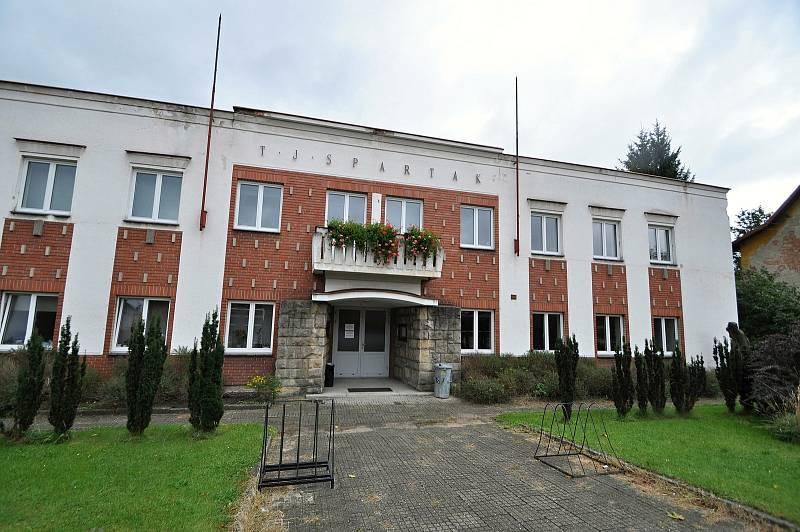 Jablůnka - budova TJ Spartak Jablůnka