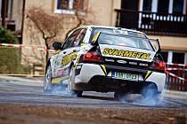 Posádka vsetínského JT Říha Group rally temu Vlček – Švajda dojela v Lužických horách na skvělém pátém místě.