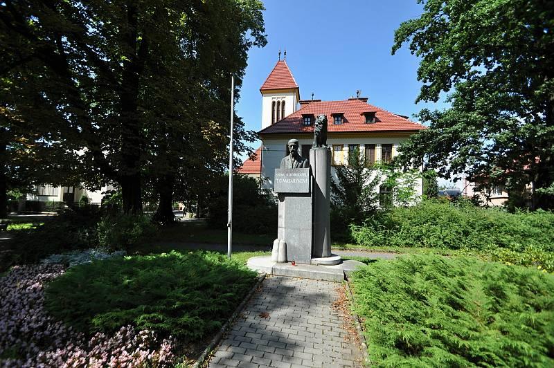 Valašské Meziříčí - památník T. G. Masaryka v parku Abácie