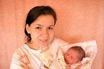 Lucie Tobolová, Valašské Meziříčí, dcera Amálka Tobolová, 48cm, 2950g, nar.9.3.2010