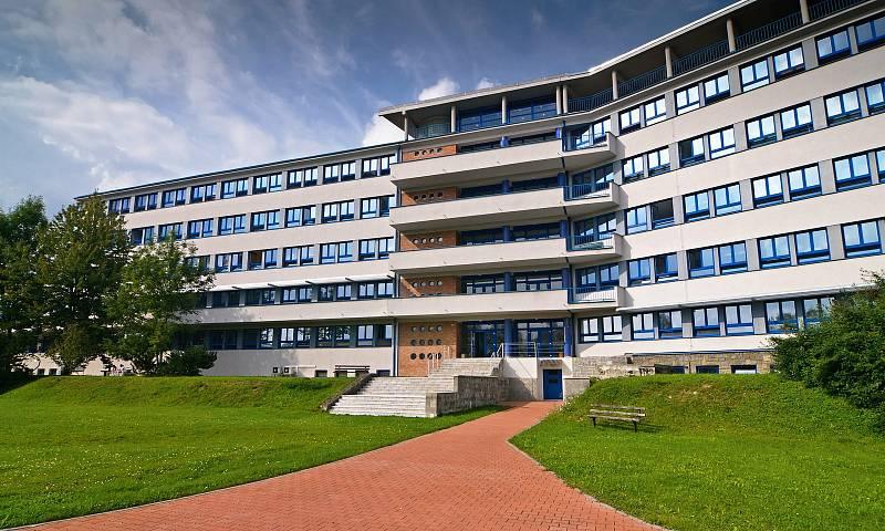 Nemocnice AGEL Valašské Meziříčí.