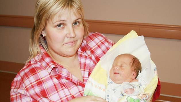 Petra Ptáčková, Bystřička Dcera Nela Ptáčková, narozena 20.10. 2007 ve Valašském Meziříčí, váha: 3,40 kg