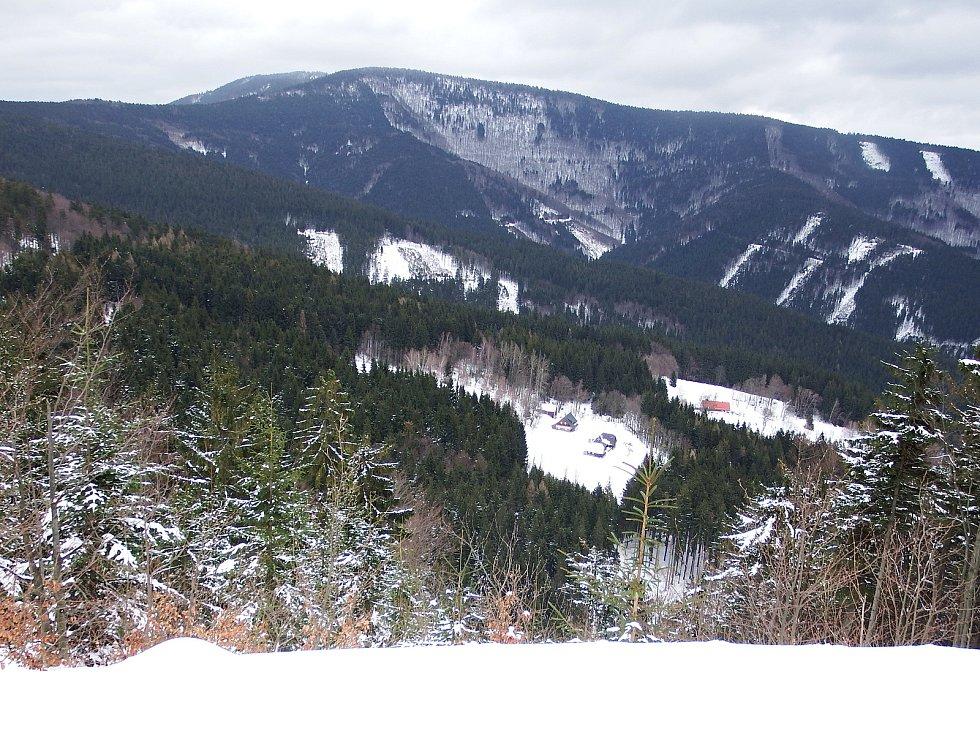Národní přírodně rezervace Kněhyně - Čertův mlýn; únor 2020