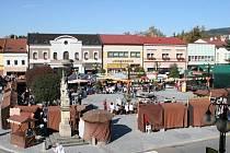 Náměstí v Rožnově pod Radhoštěm. Ilustrační foto.