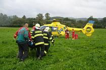 U Zubří došlo k vážné havárii osobního auta zn. Toyota Hilux.