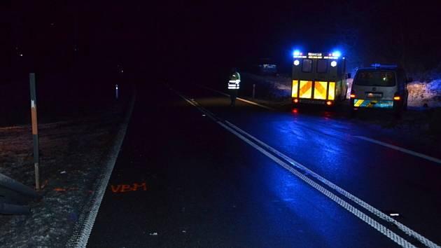Osobní vůz srazil ve čtvrtek 30. ledna 2014 večer u Jablůnky na Vsetínsku sedmapadesátiletého chodce.