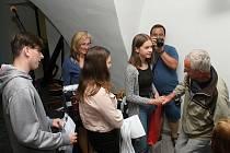 V projektu Příběhy našich sousedů představili 16. června 2020 žáci vsetínských základních škol své prezentace v Mramorovém sále vsetínského zámku.