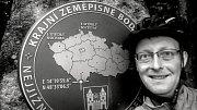 Miroslav Dančák z Hovězí objel za 23 dní Českou republiku na kole po státní hranici. Na snímku: nejjižnější bod republiky.