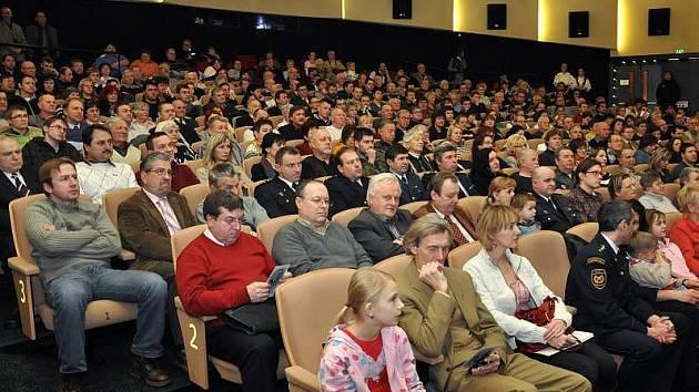 Představení Občanského sdružení pro zpřístupnění odkazu Josefa Sousedíka ve vsetínském kině Vatra
