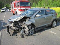 Při nehodě v Podlesí se zranili tři lidé